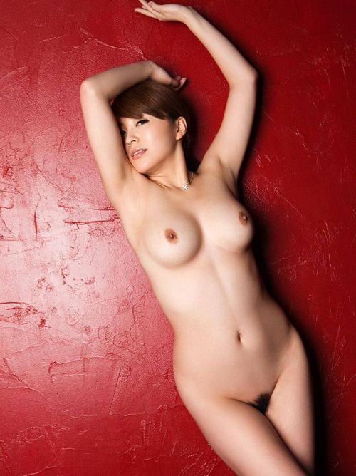 青木莉子(片岡さき、桜まい) 大迫力のHカップおっぱいがたまらん巨乳AV女優の画像