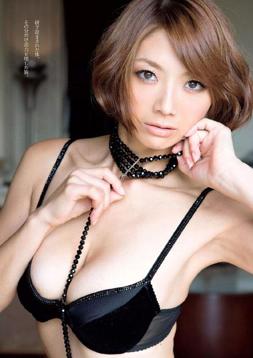 相澤仁美の柔らか過ぎるおっぱい