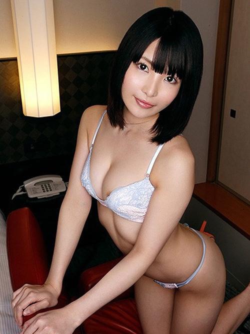 橘花音 清楚なお姉さん系美女のEカップ美乳おっぱい画像【31枚】