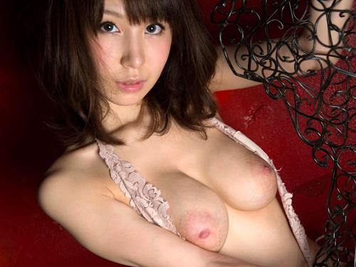 知花メイサの桃色巨乳輪おっぱい