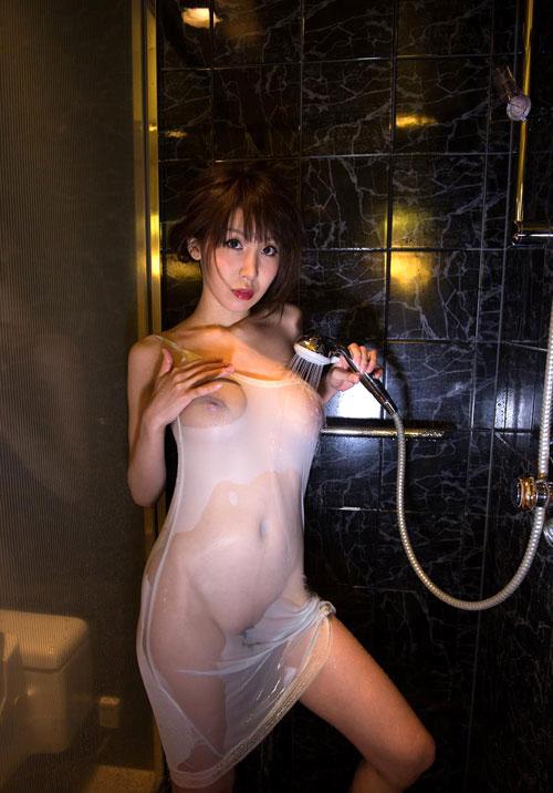 知花メイサの桃色巨乳輪おっぱい16