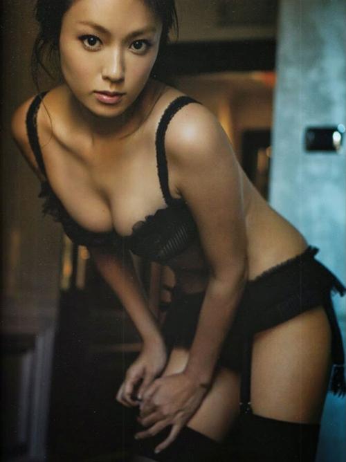 深田恭子のエロフェロモンDカップ乳画像 ハァハァ
