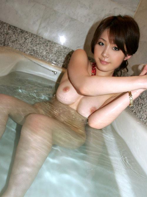 お風呂に入って癒されるおっぱい