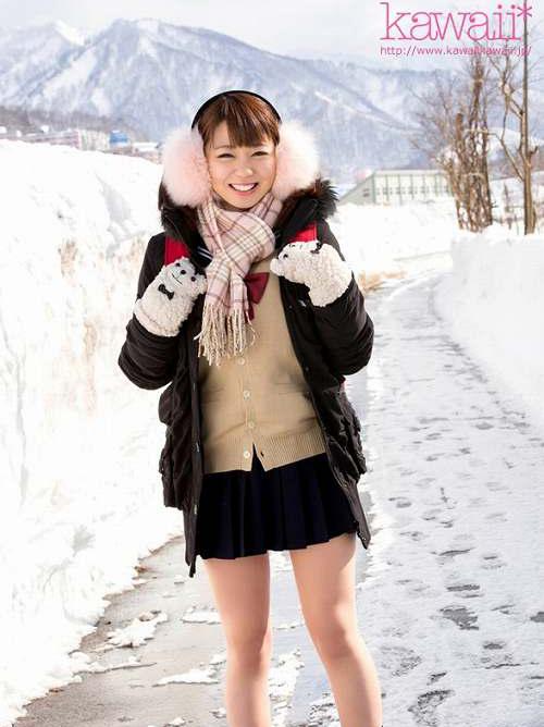 池端真実 北海道が生んだ激カワ娘のFカップ美巨乳おっぱい画像