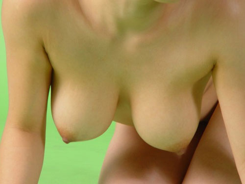 【エロ画像】四つん這いで垂れ乳状態になってるおっぱい画像 part4