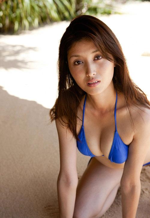 橋本マナミのGカップのおっぱい28