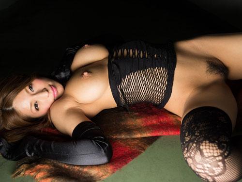 星野ナミ 美巨乳の美しいエロボディ画像