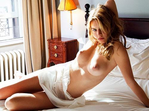 人気ファッションモデル、カミーユ・ローヴの乳首ピアスヌードwwww