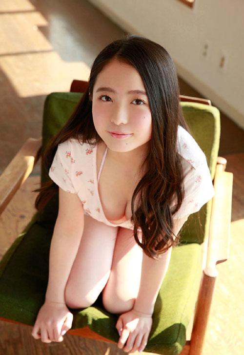 中野佑美16歳Gカップのおっぱい21