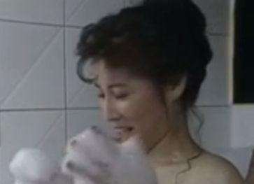 【岡江久美子】風呂場でイチャつくラブシーン