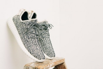 adidas_originals_yeezy_boost_350-22.jpg