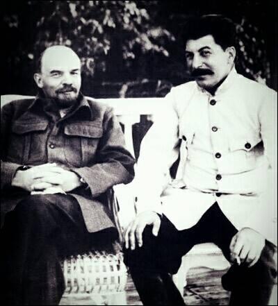 スターリンとレーニン