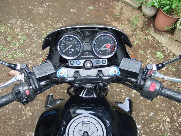 ZRX1100 201010a