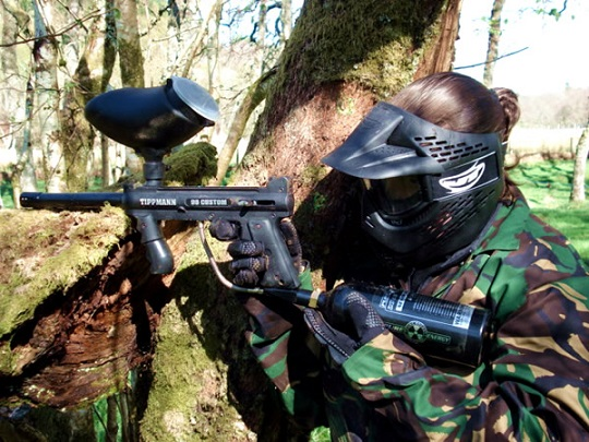 paintball-image-of-girl-using-the-98C.jpg