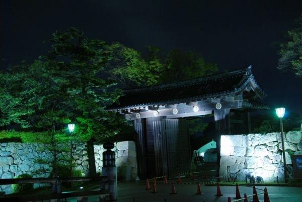 hi.姫路城ライトアップ 20150420 002