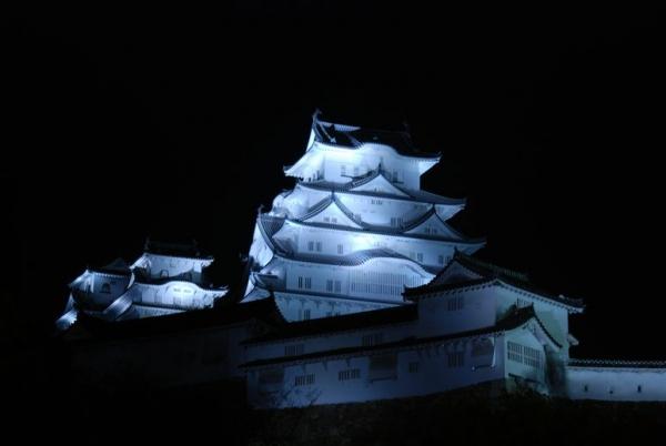 hi.姫路城ライトアップ 20150420 004