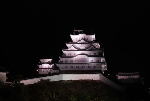 hi.姫路城ライトアップ 20150420 009