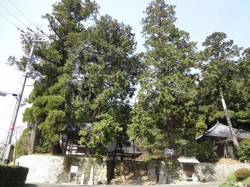 弘川寺外観
