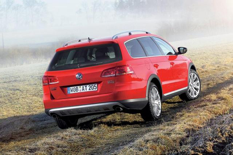 golf-alltrack-2.jpg