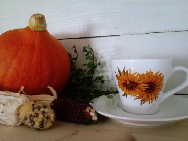 イメージかぼちゃとカップ