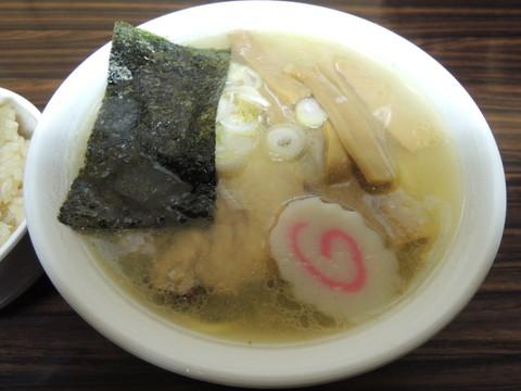 塩らーめん(700円)