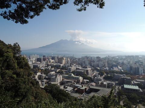 鹿児島の城山展望台から見た桜島