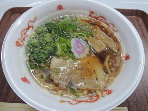 煮干し醤油そば(800円)