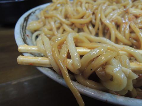 キム玉大盛の麺
