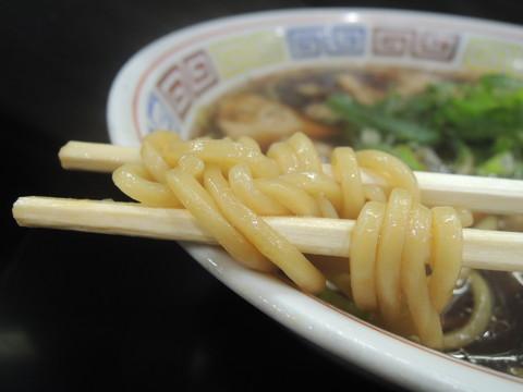中華そば(東大阪高井田風)の麺