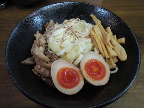 油そば小盛(130g)(550円)