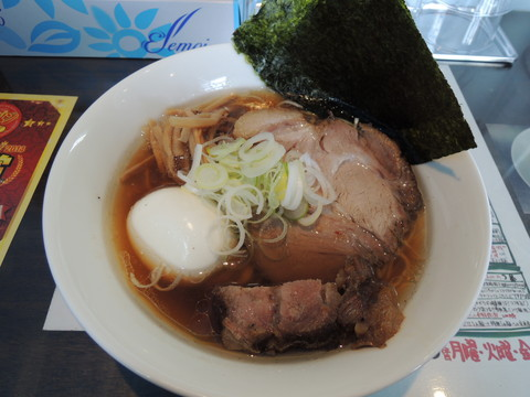 草庵正油らぁ麺(980円)