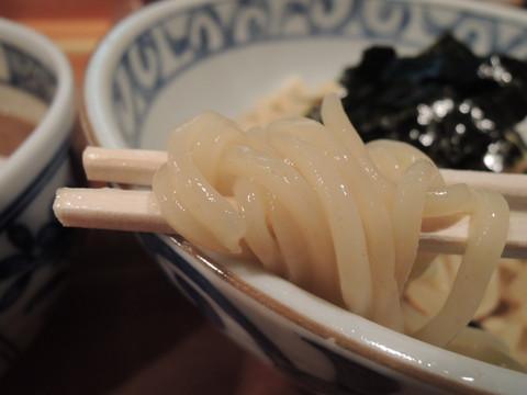 鯛なしつけ麺の麺