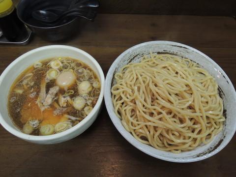 煮干し鶏しょうゆつけ麺(大盛)(1200円)