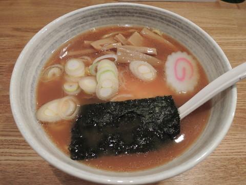 らーめん(平打麺)(720円)