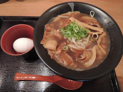 徳島ラーメン(バラ肉増量・生玉子入り)(840円)