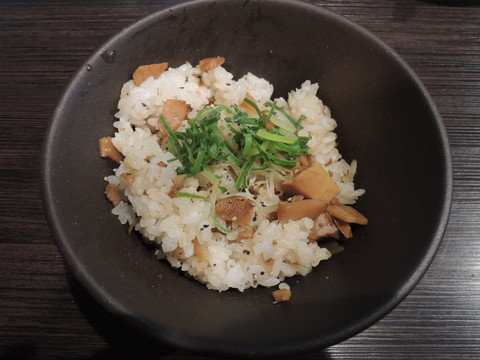 豚CHIKIめし(ごはん)(200円)