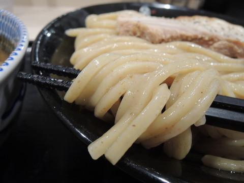 濃厚豚骨魚介つけ麺大の麺