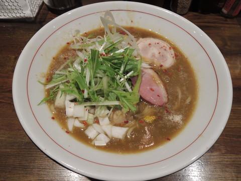濃厚鶏白湯ラーメン(850円)