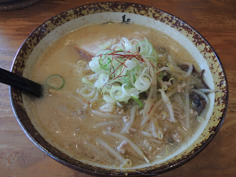 味噌ラーメン(750円)