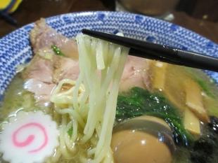 ちょび吉 スーパージンジャーヘブン 麺
