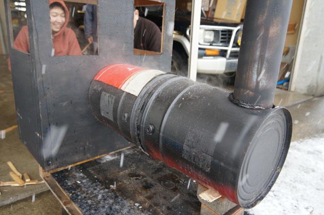 汽車焼芋機 十日町にて、試焼