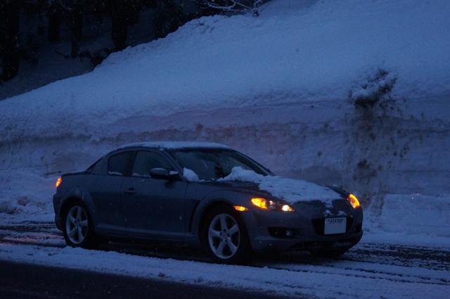 マツダ RX-8 雪の中にて '15