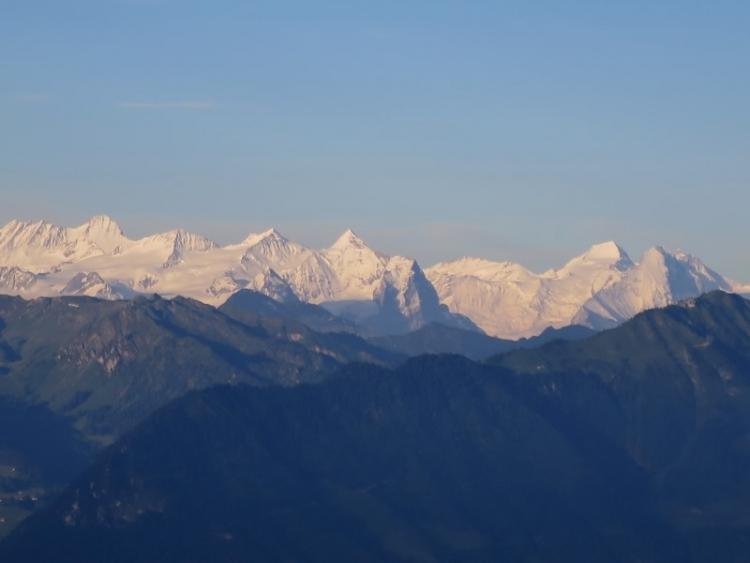 リギから見える山2150625
