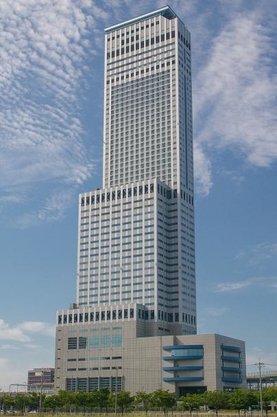 Rinku_Gate_Tower_Building.jpg