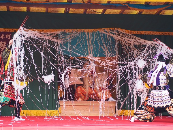 石鎚神社春祭り 神樂 演目:琴庄神楽 「塵倫」じんりん