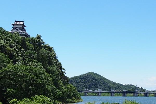国宝犬山城 天守は現存する日本最古の様式です