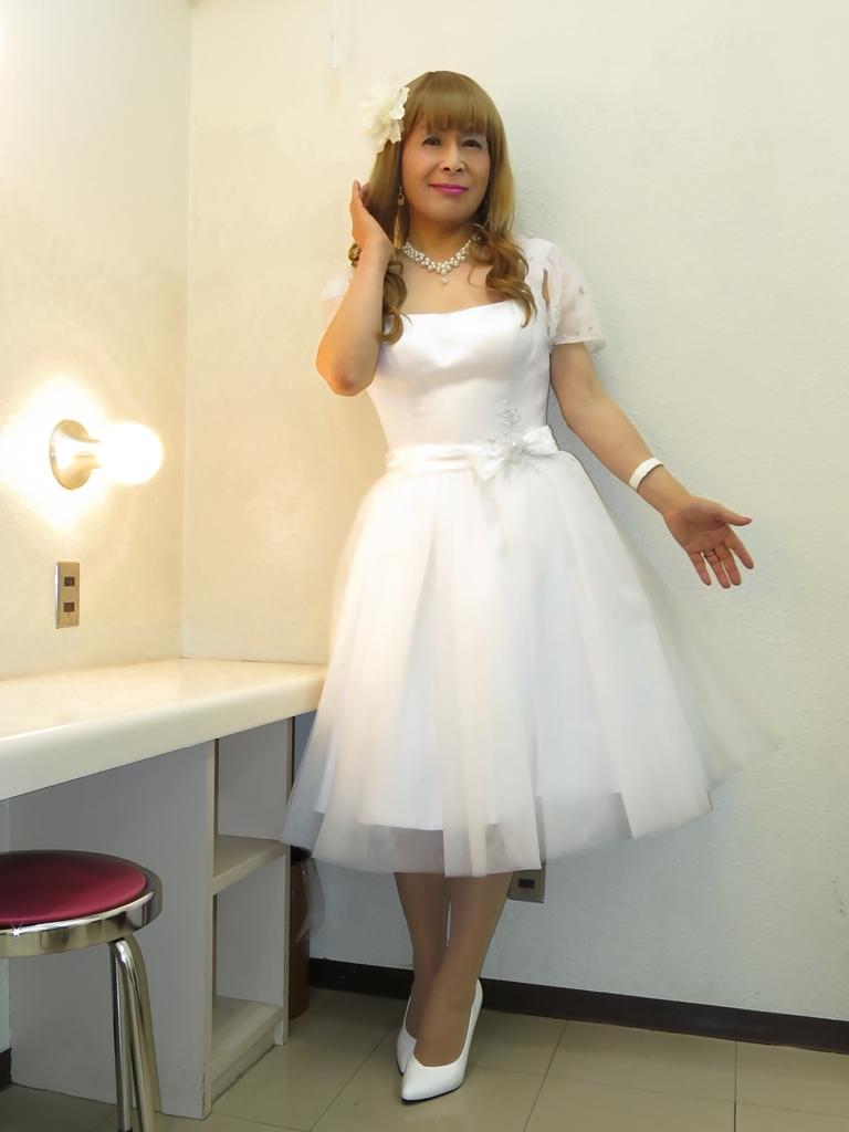 ホワイトショートドレス(1)