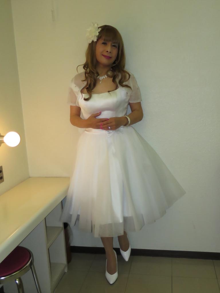 ホワイトショートドレス(2)