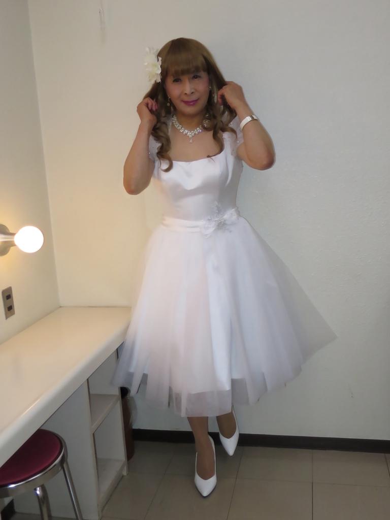 ホワイトショートドレス(3)