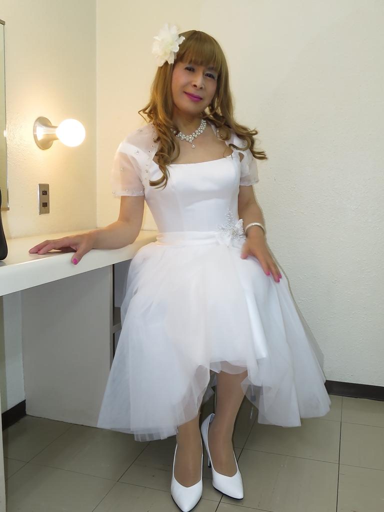 ホワイトショートドレス(4)